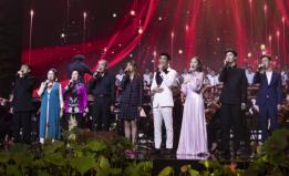 范丞丞受邀中国电影百年音乐会 与众电影人唱响中国赞歌
