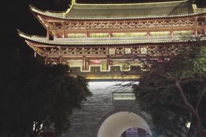 新春佳节,跟着小编带你建水古城逛灯会