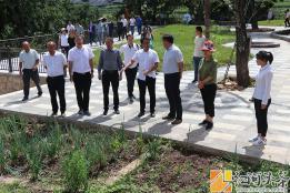 州政协党组副书记、副主席孔令清率队到 龙武镇调研