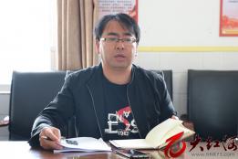 石屏:龙武镇对龙车村爱国卫生工作进行约谈