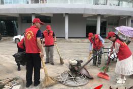 """泸西县教育体育系统全力践行爱国卫生""""7个专项行动"""""""