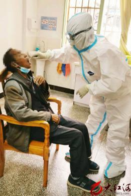 红河州第三人民医院开展核酸检测  做好新冠肺炎疫情常态化防控