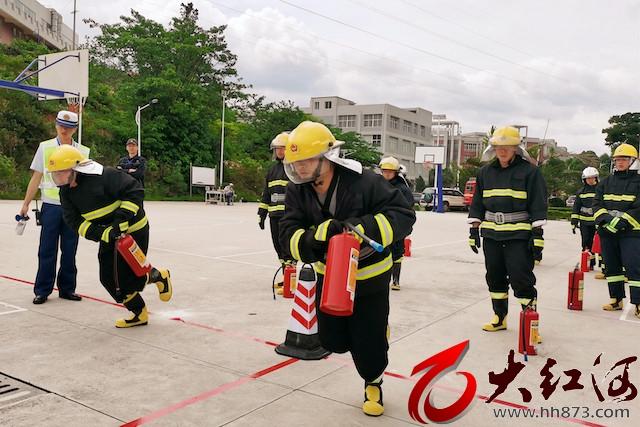 """红河州三医院李云龙""""亮剑""""锡都消防比武夺冠:战士就要勇往直前"""