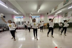 红河州啦啦操协会成立大会在个旧大屯中心小学校举行